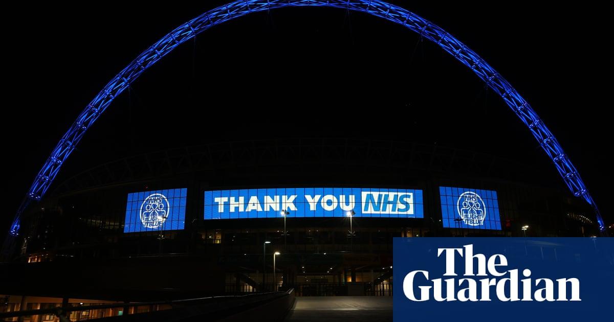 Sadiq Khan insta a los mejores clubes de fútbol de Londres a ayudar al NHS y 'proteger vidas' | Fútbol americano 14