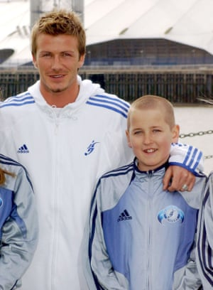 David Beckham in 2005 with an 11-year-old Harry Kane.