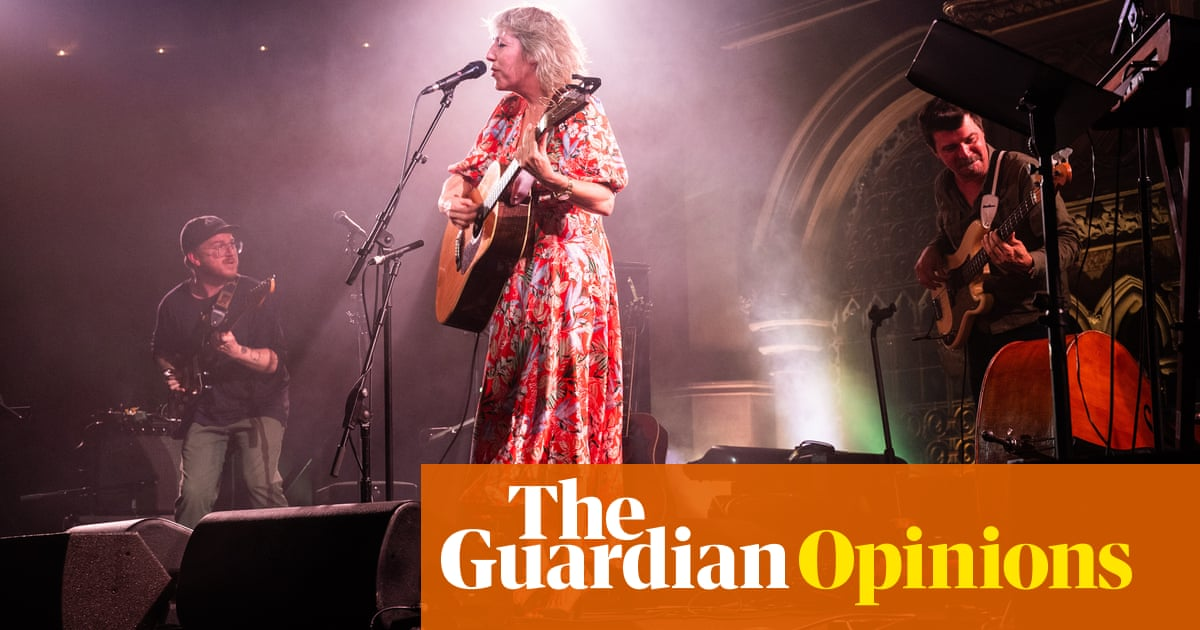 At my first live concert in 18 months, songs about divorce have never felt so joyful