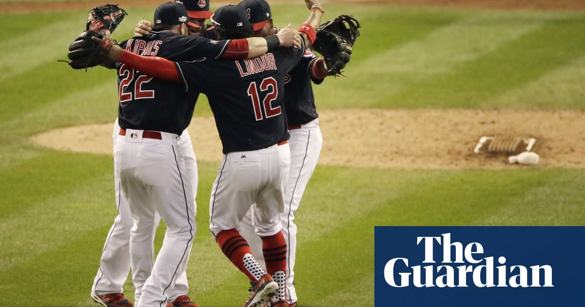 478537d8c Cleveland Indians silence Toronto Blue Jays' bats to stake 2-0 lead in ALCS