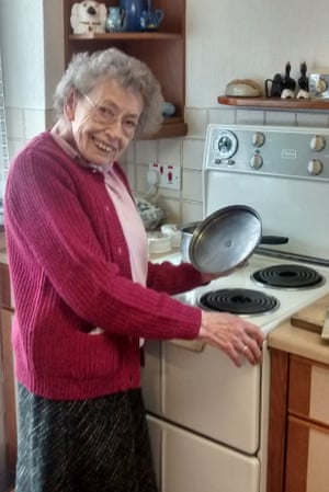 Winifred Hughes with her beloved Belling cooker, which finally broke down last week, after 53 years' service
