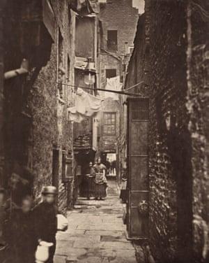 Close No. 37, High Street, 1860s