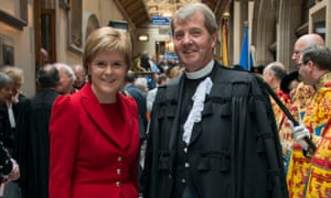 Nicola Sturgeon with new general assembly moderator the Rev Russell Barr.
