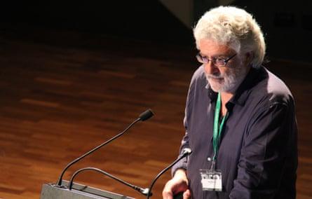 Architect Paul Pholeros
