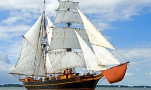 Fairtransport ship Tres Hombres, which transports coffee for Shipped by Sail.