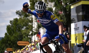 Julian Alaphilippe celebrates his victory.