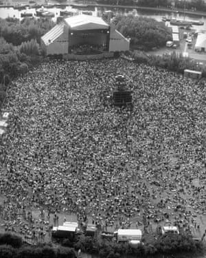 An aerial view of the concert.