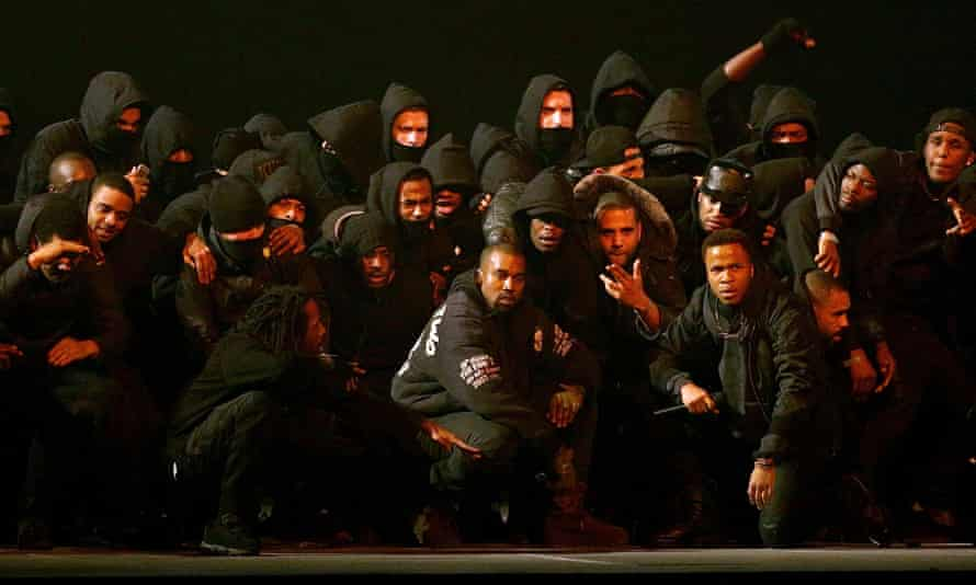 Kanye West performs All Day at the 2015 Brit awards with a host of UK grime artists.