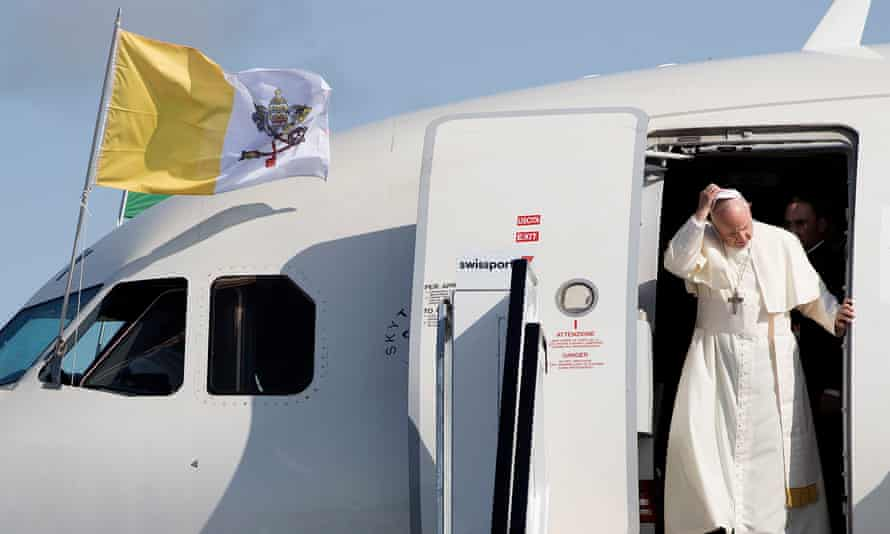 Pope Francis arrives at Dublin airport.