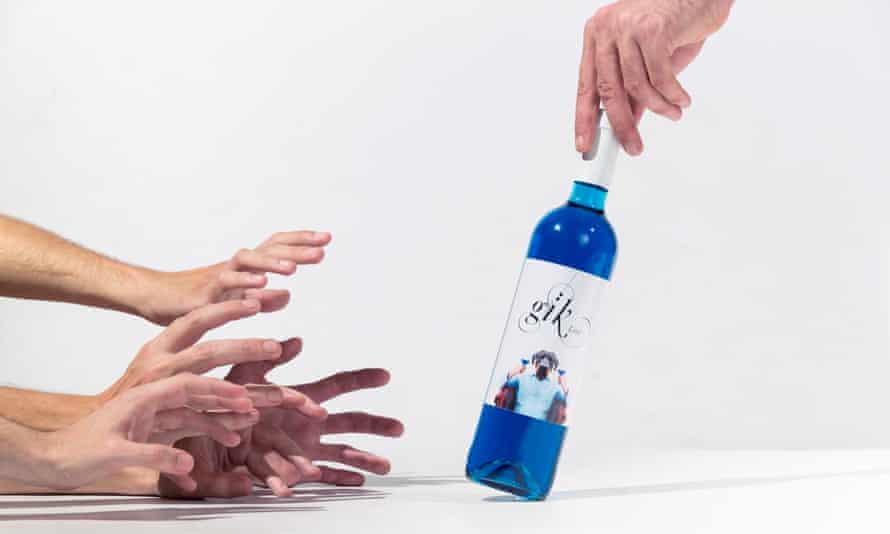 The 'world's first blue wine', Gïk Live