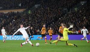 Chelsea's Ross Barkley shoots at goalkeeper Long.
