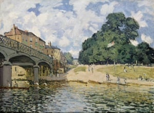 The Bridge at Hampton Court by Alfred Sisley (1874), which appears in Impressionists in London, French Artists in Exile (1870–1904).