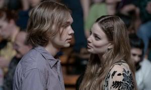 Miles (Charlie Plummer) and Alaska (Kristine Froseth) in Looking for Alaska.