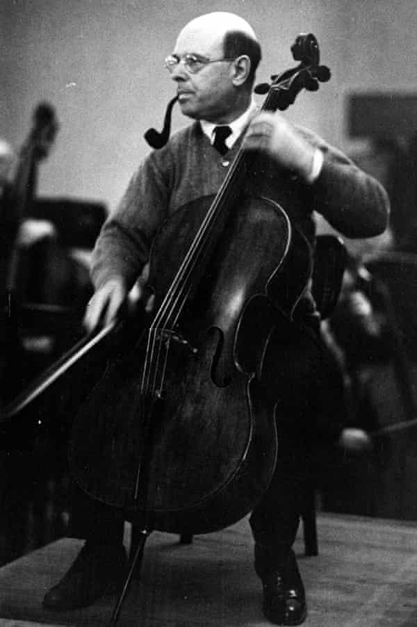 Pablo Casals during his recording of Dvorak's concerto for violoncello with the Czech Philharmonic Orchestra in Prague, April 1937.