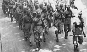 Indian troops marching through France in 1914.