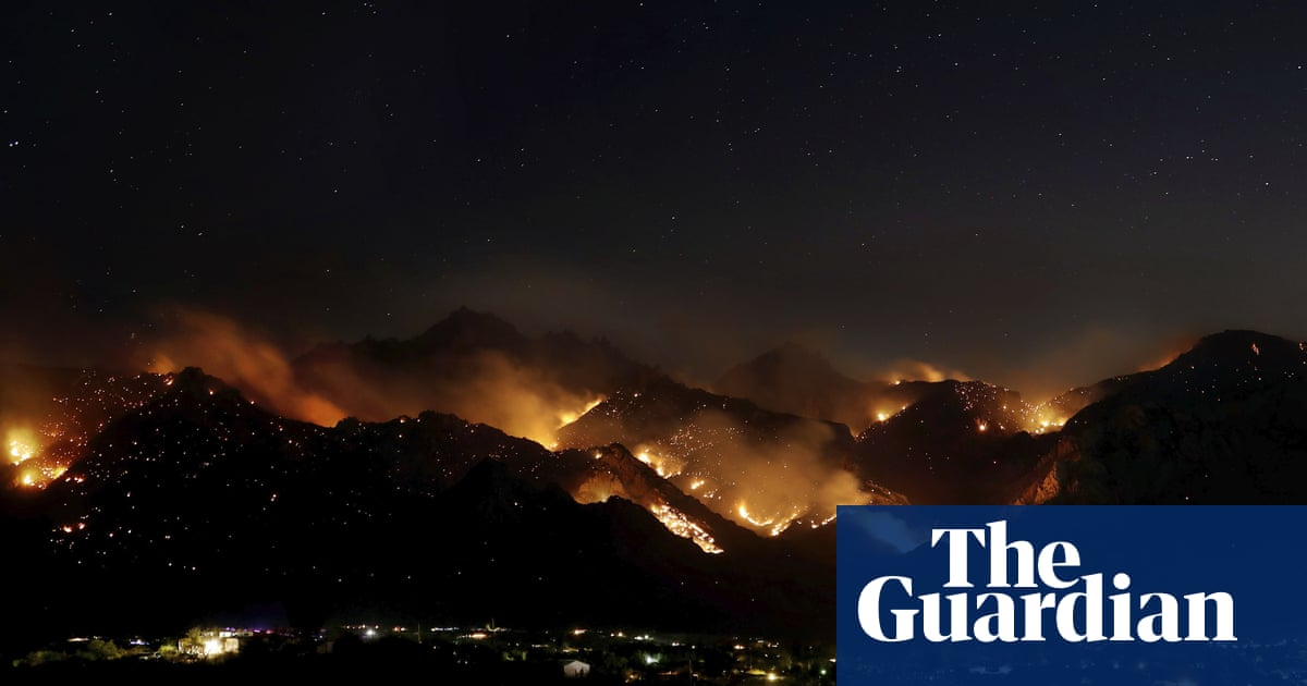 Arizona reels as three of the biggest wildfires in its history ravage state | Environment | The Guardian