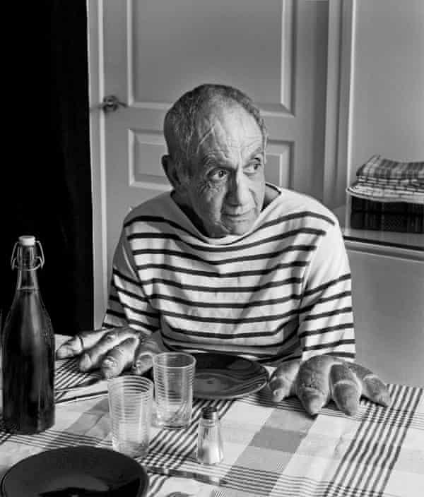 A tribute to Robert Doisneau, Les Pains de Picasso, 1952.
