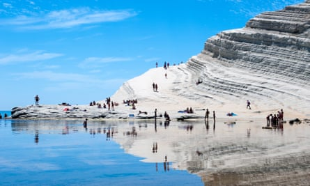 Sun-bathers at Scala dei Turchi