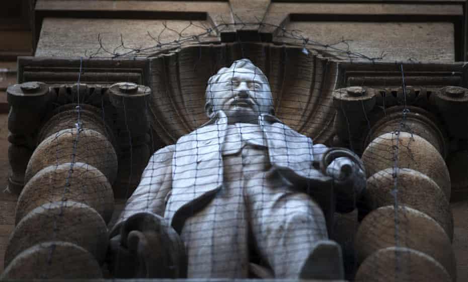 Cecil Rhodes statue, Oriel college