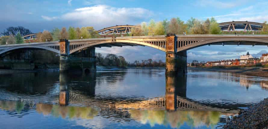 Proposal for converting a disused railway bridge into a pedestrian garden bridge between Barnes and Chiswick