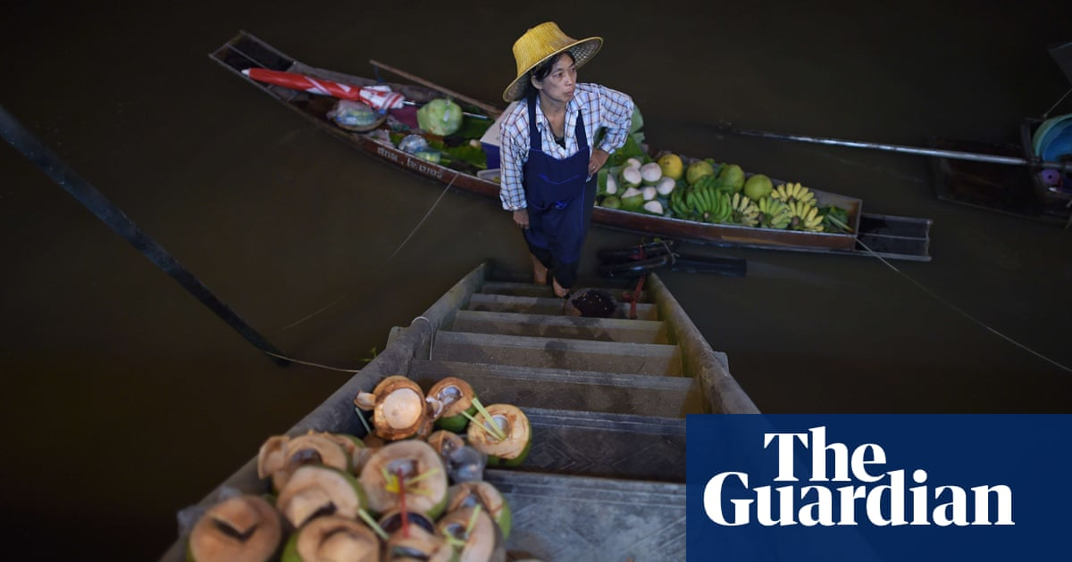 e6575f31fc1 Fruit and vegetable markets around the world - in pictures ...
