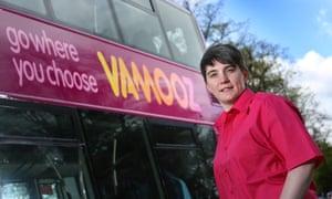 Bus with VAMOOZ logo