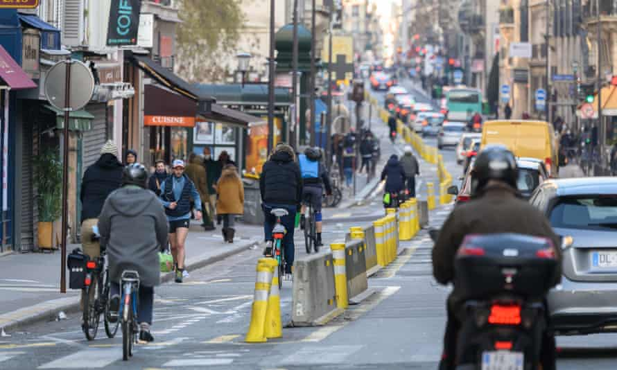 A bike lane in Paris in January.