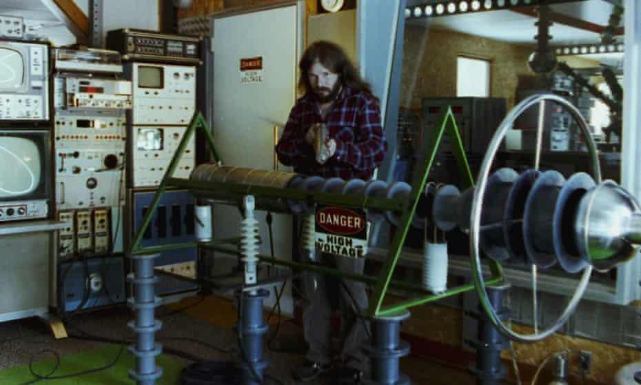 John Shepherd amid his equipment in John Was Trying to Contact Aliens.
