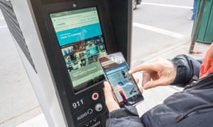 LinkNYC kiosks replace pay phones in New York
