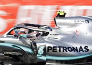 Bottas, closing the gap on Leclerc.