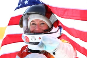 Jamie Anderson celebrates her gold for the US in the women's snowboard slopestyle