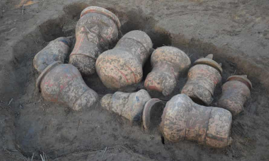 """Nine archaeological urns found by Mamirauá Institute Re: Amazon archeology story. When they recently unearthed nine pre-Columbian funerary urns in Tauary – a tiny community in Brazil's Amazon rainforest – the immediate reaction of archaeologists Eduardo Kazuo and Márjorie Lima was, they admit, """"a mix of pleasure and desperation."""""""