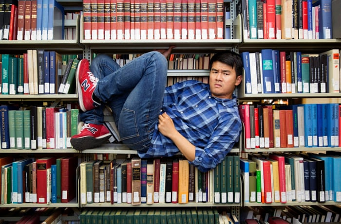 ronny chieng international student pilot episode