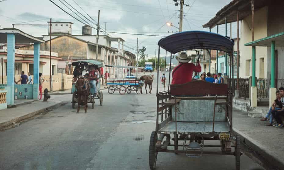 Horse and cart travel in Sagua La Grande, Cuba