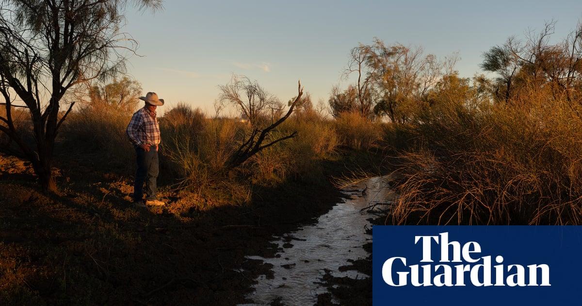 'The living heart of Australia': fracking plans threaten fragile channel country