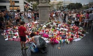 Tributes are placed on Las Ramblas