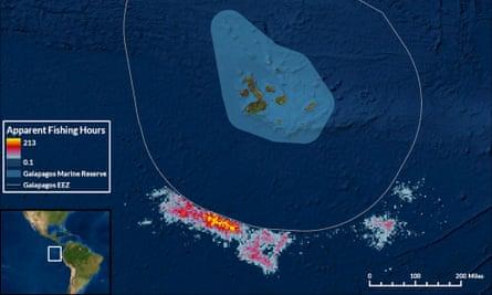 Citra satelit dari sekelompok kapal di sebelah zona pengecualian di sekitar Galápagos