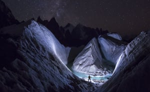 A photographer uses LED light to 'paint' the snow at Karakoram