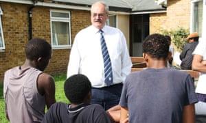Peter Oakford speaks to unaccompanied asylum-seeking children in Kent