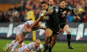 Newcastle's Sinoti Sinoti escapes the Exeter defence