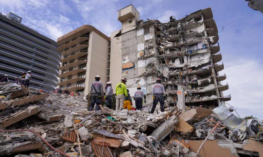 Search and rescue personnel work at the site of a collapsed Florida condominium complex in Surfside, Miami.