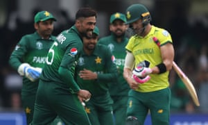 South Africa captain Faf du Plessis walks off after being dismissed by Mohammad Amir.