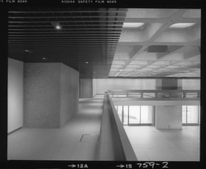 An empty Art Gallery, ready for its first exhibition (Oct 1981)