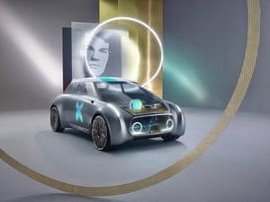 The MINI VISION NEXT 100 takes a glance into the future with autonomous driving and fully connected digital intelligence.