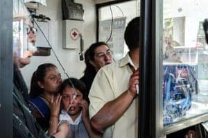 Confianza rota (Broken trust), from the series: México está en huelga (Mexico is on strike), 2013.
