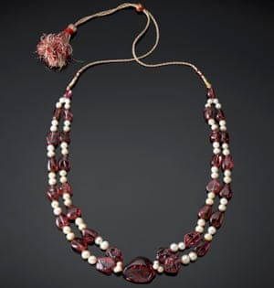 Spinel and pearl necklace Mughal empire.
