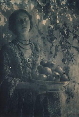 Minna Keene's Decorative Study No 1, Pomegranates (1906), reinterprets Rossetti's Prosperine