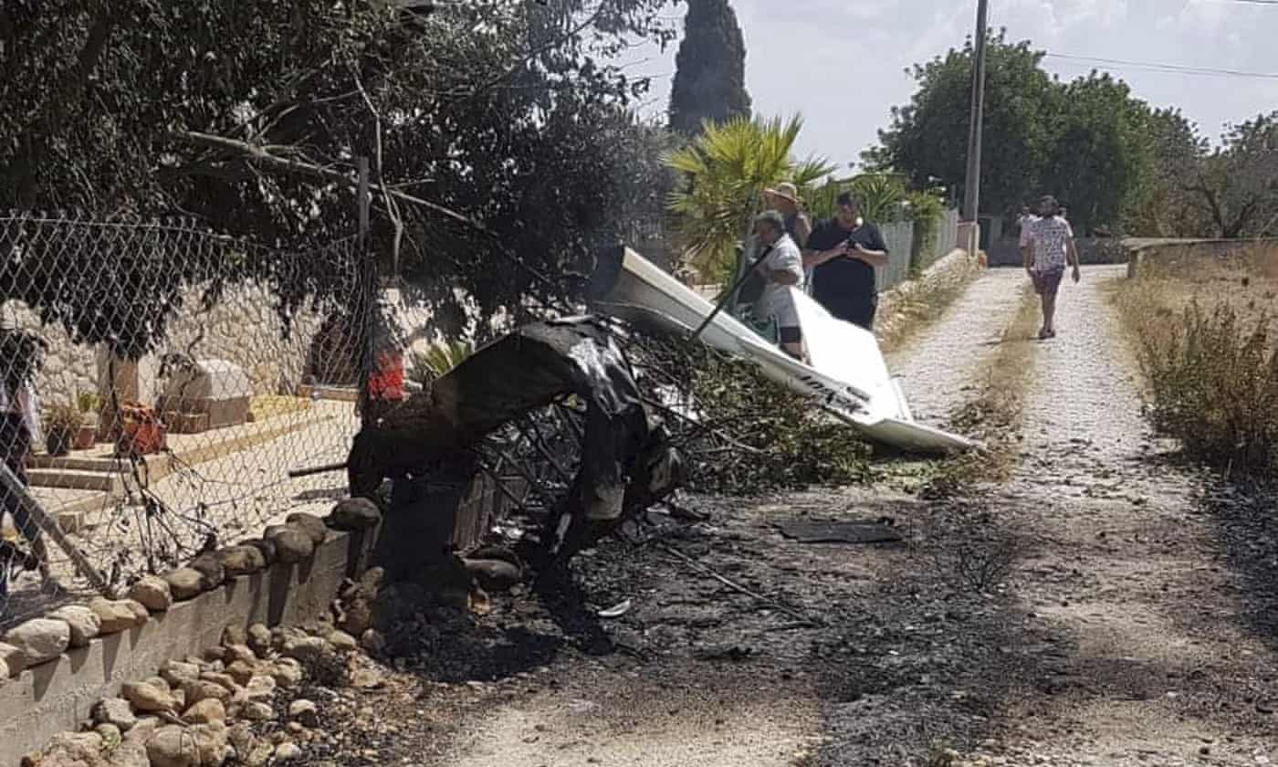 Mallorca crash: seven killed in midair collision between plane and helicopter