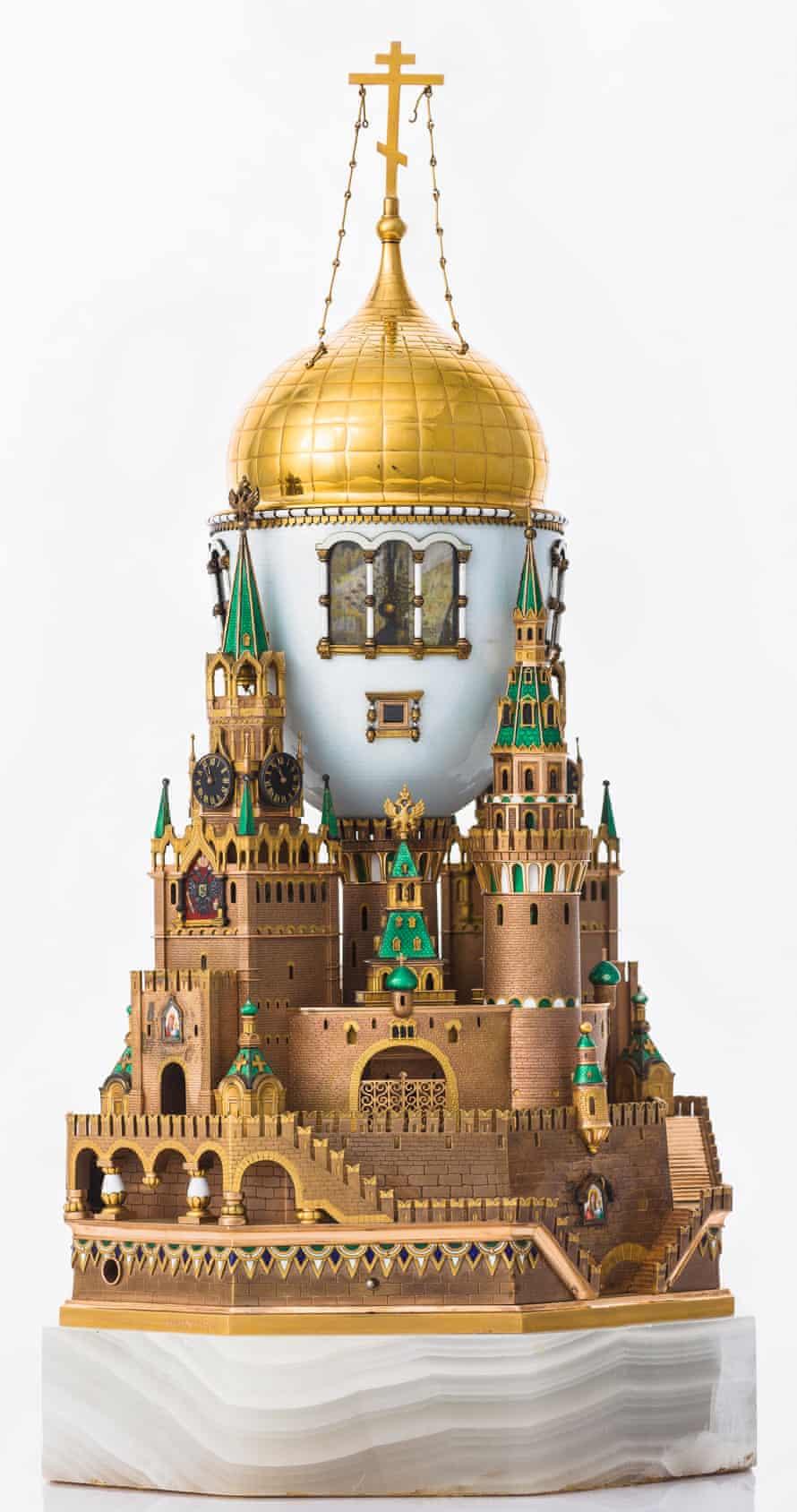 تخم مرغ کرملین مسکو ، Fabergé.  طلا ، نقره ، عقیق ، مینا ، 1906.