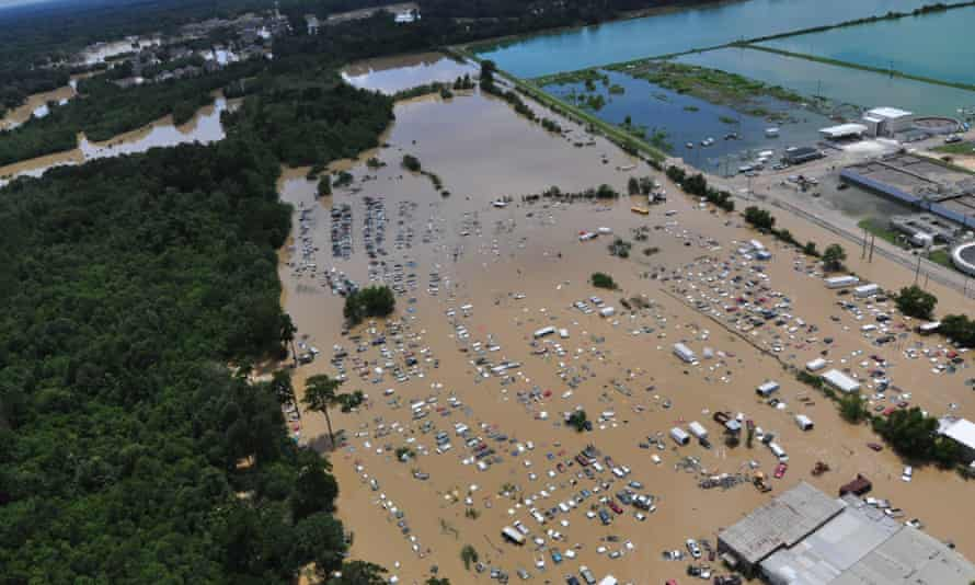 Flooded areas of Baton Rouge, Louisiana, are seen in this 15 August aerial photograph.